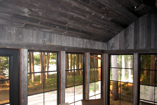 reclaimed_weathered_paneling_2
